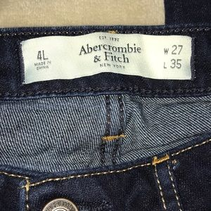 Abercrombie & Fitch Jeans - Abercrombie and Fitch dark wash skinny jeans